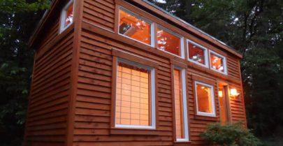 Tea House Cottage Exterior 2
